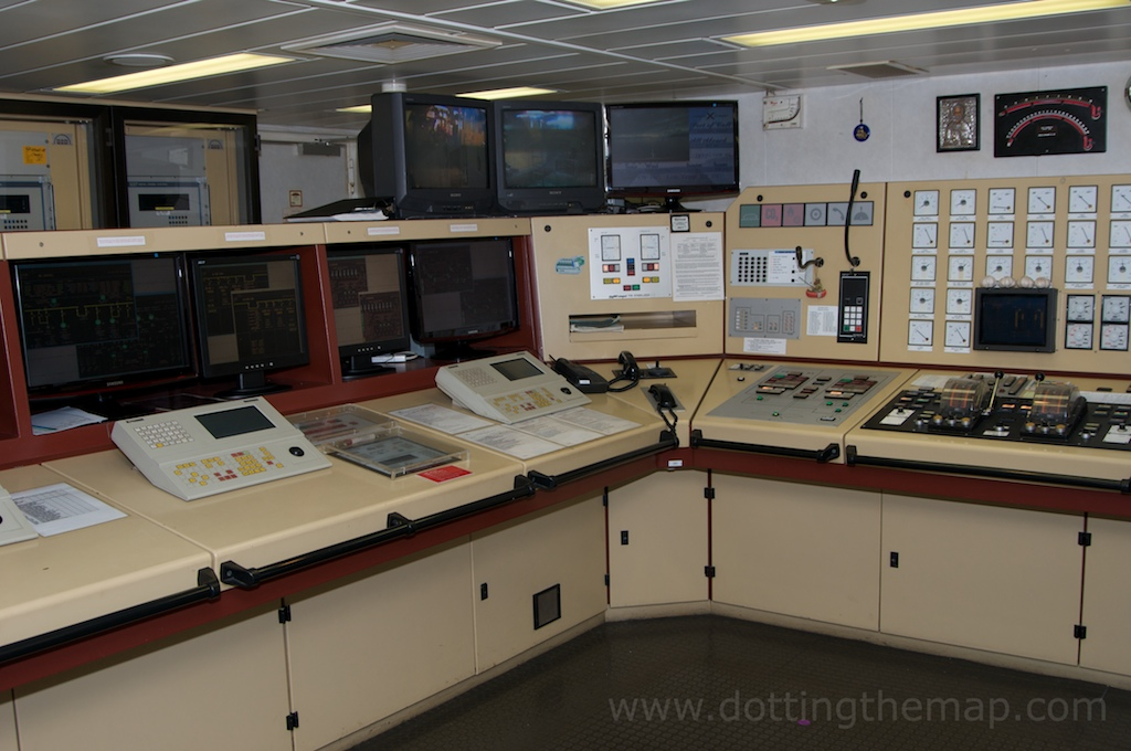 engine control room cruise ship