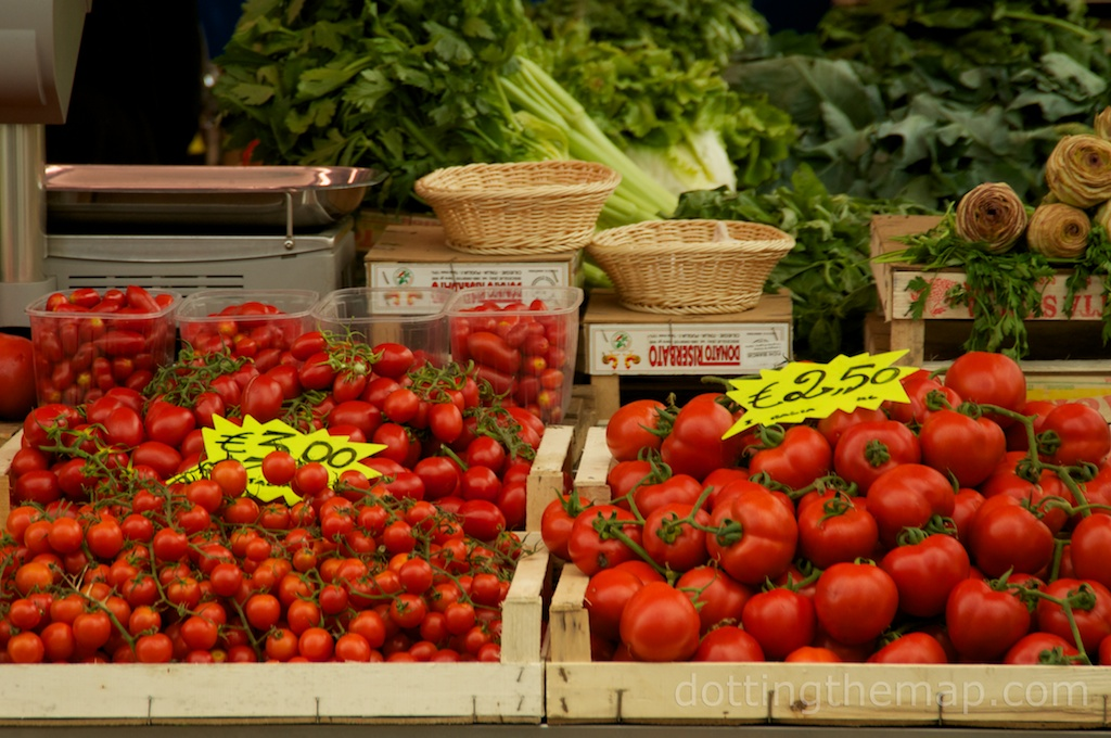 Tomato at Rome Italy market