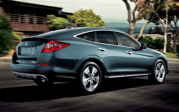 2014-honda-crosstour-exterior-feature-side1