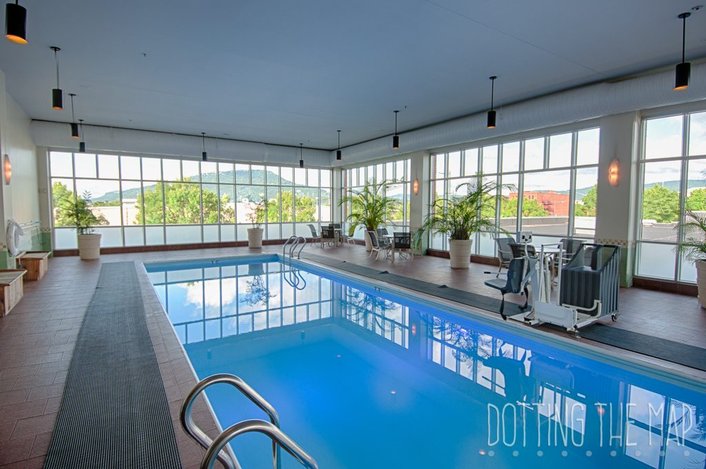 indoor pool at the Chattanoogan hotel