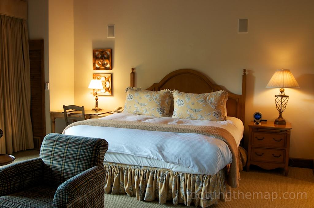 Stein Eriksen Lodge bed