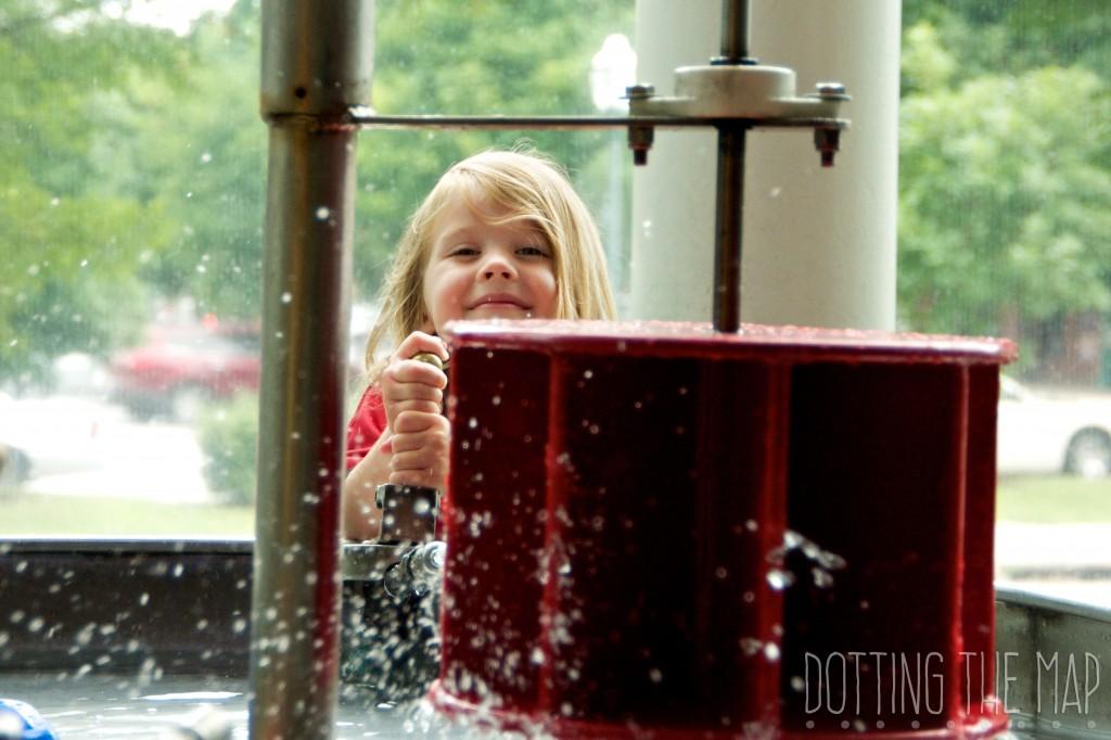 water play children's museum