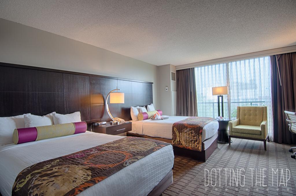 double queen Chattanoogan hotel room