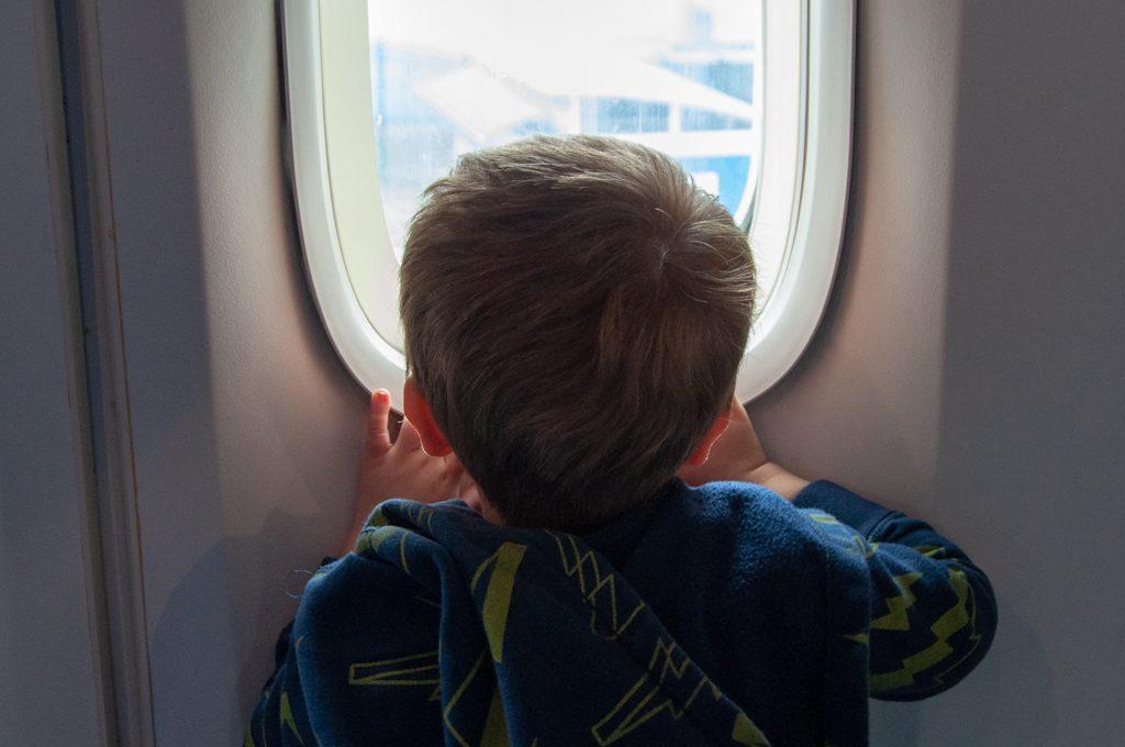 1f5cc20feea 60 TSA Friendly Airplane Snacks for Kids, Toddlers, and Preschoolers